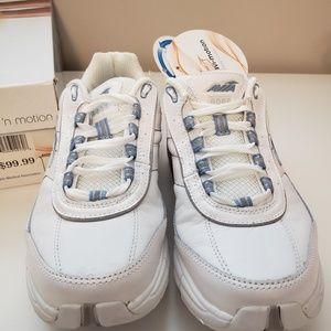 AVIA Avi-Motion Toning 'n motion Sneakers
